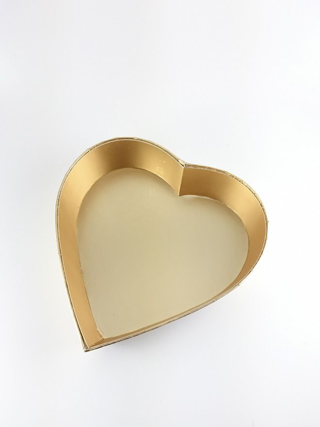 Gold Heart Gift Tray 8'