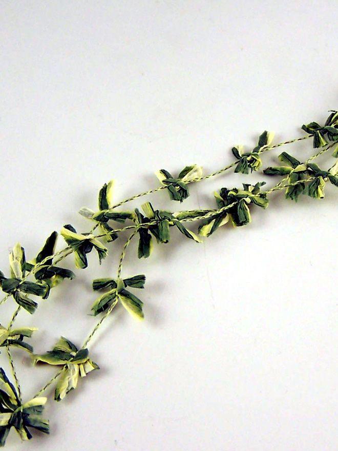 Variegated Leaf Trim 50cm